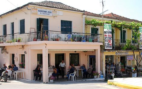 Kafenion in Lefkimi